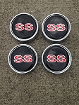 86-88 New Monte Carlo SS Set of 4 Center Caps Red SS